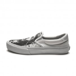 Straye Footwear Ventura White Jesus