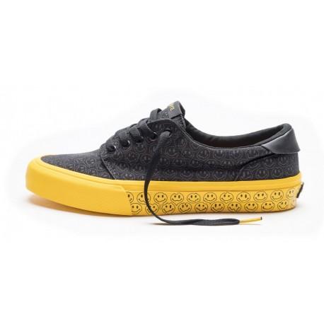 Straye Footwear Fairfax Trippy Smiles